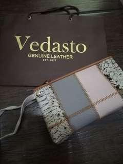 Vedasto Leather Pouch