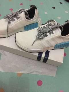 Sepatu Wanita Adidas