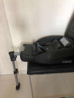 Maxi-Cosi Pebble Infant Car Seat and EasyBase 2