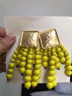 Yellow chic drop earrings
