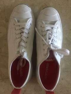 Converse Jack Purcell size 8 (mens) size 9 (women's)
