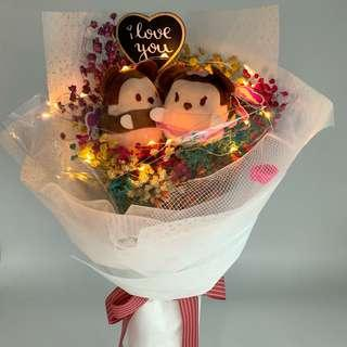 Valentine Bouquet- Tsum Tsum Mickynminnie with Dried Baby Breath( LED lights included) size W30xHt45cm
