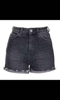 Authentic Topshop MOTO Black Ecru Girlfriend Shorts