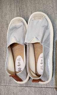 女童 銀色閃令令布鞋 34號