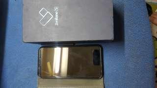 """华碩Zenfone5.6.2""""黑藍色有盒極新4x64GB可交换"""