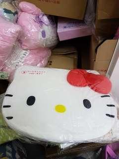 特價50元 原價100元Kitty 座墊