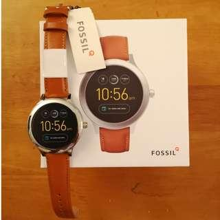 Fossil Smartwatch - Gen 3 Q Venture w/ classic silver stainless steel case and leather strap