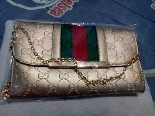 Gucci import