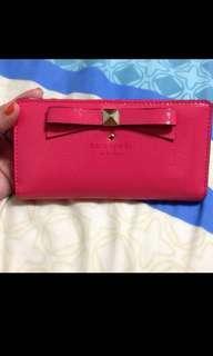 Kate Spade Beacon Court Long Wallet (Strawberry*)