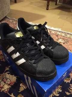 Adidas Superstar Legit