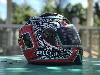 Helmet Bell Qualifier