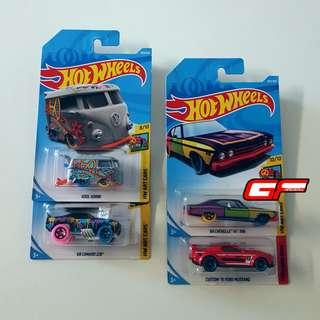 HOT WHEELS 4 CARS COMBO