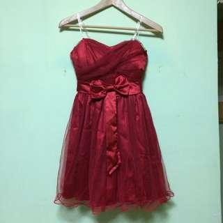喜氣洋洋紅色洋裝