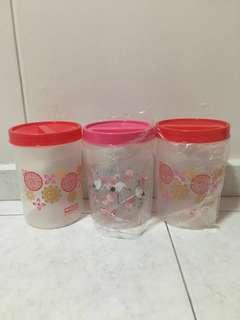 BN Marigold Plastic Container($4.50@3pcs)