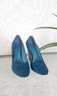 Janeo blue wedge heels size 6