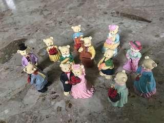 🚚 Vintage Little Figurine Sets
