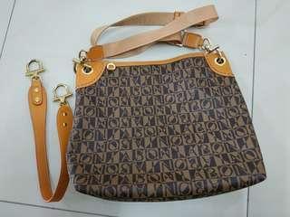 Original. Bonia Handbag