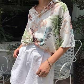 🚚 Floral Hawaiian beach wear top