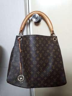 LV Artsy Pre-loved Bag