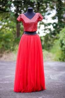 RED CROPPED TOP AND LONG SKIRT