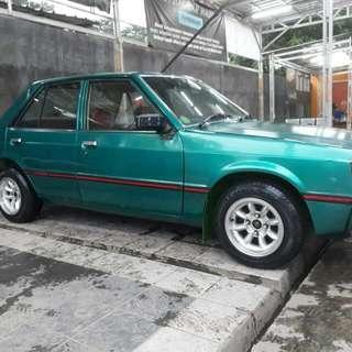 Mobil Antik Lancer Tahun 1982 Siap Pakai