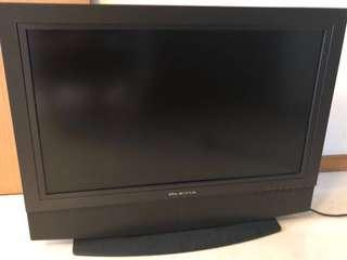 Olevia 32 inch LCD TV - Great Condition