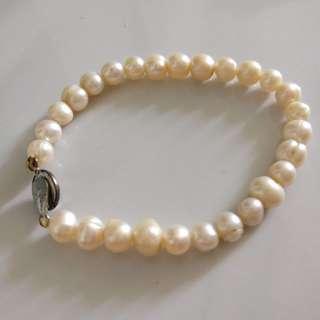 Burmese pearl bracelet