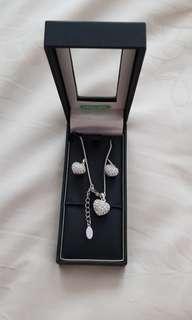 [BN] Paris bejoux earrings ear rings necklace