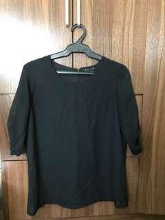 Preloved Black Silky Chiffon 3/4 Top