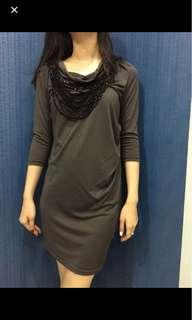 Dress manik