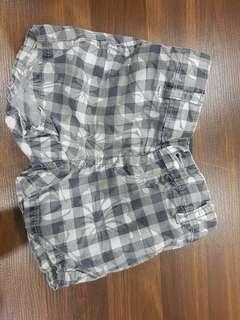 Boys Gap short pants 6-12 month.
