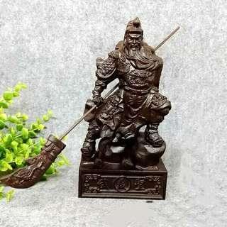 patung dewa kwan kong