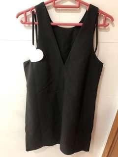 Love bonito (LB) Black Dress