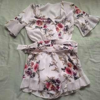 One piece floral flounced romper