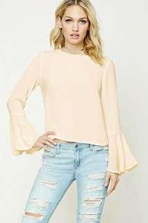 BNWT Forever21 trumpet sleeve top