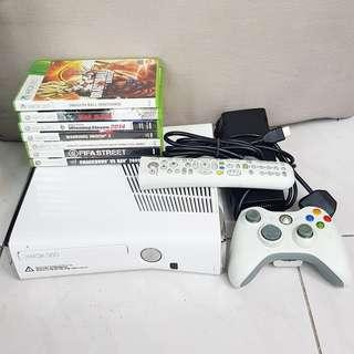Xbox 360 Slim complete with Games