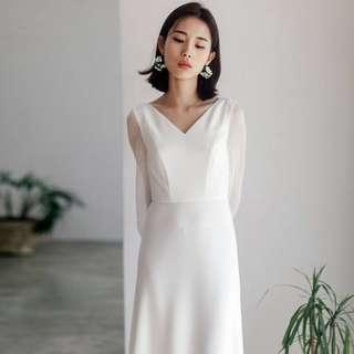 Wedding dress/ wedding gown/ white dress/ photoshoot