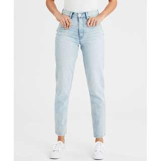 🚚 Ochirly Embroidered Light Wash Mom Jeans