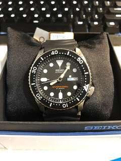 Seiko SKX007J Watch