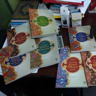 Buku buku Hikayat DBP