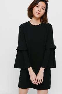 🚚 Draeya Layered Bell Sleeve Dress