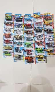 Assorted Hot WheelsCars