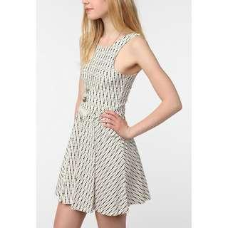 🚚 Urban Outfitters byCORPUS Cutaway Circle Dress