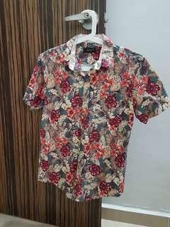 [Instock] Vintage Floral Hawaiian Print Button Down