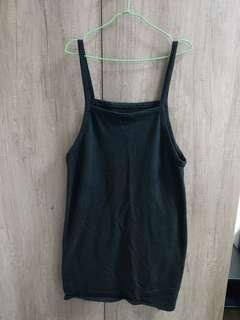 🚚 二手黑色吊帶裙
