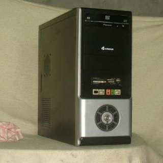 【1904技嘉黑盒悍將】黑盒飛龍Ⅱ X4 955/4G記憶體/GT640 2G獨顯/500G硬碟