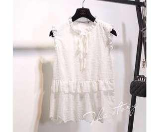 🌷(IN STOCK) Quayside Talks Embroidery Blouse White
