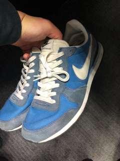 Nike running shoes 藍色麂皮慢跑鞋