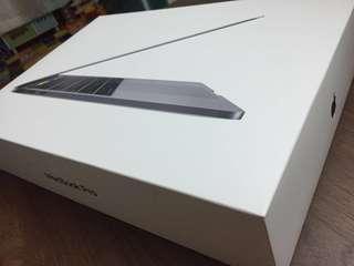 99.99%新MacBook Pro 13吋 (最新model)