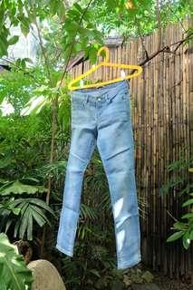 !! SET !! Uniqlo Slim Fit Jeans & Old Navy Skirt